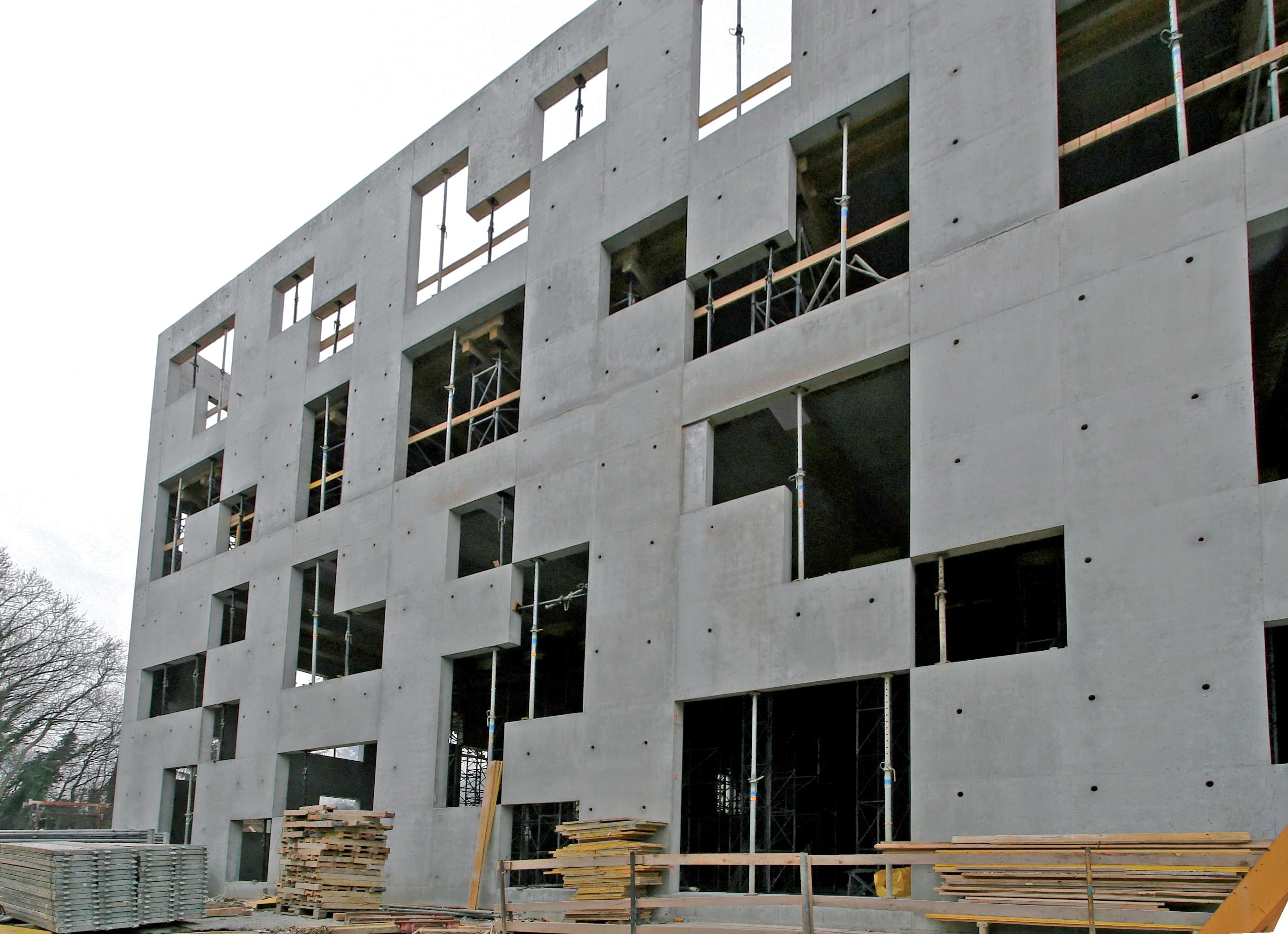 le bap a permis la realisation sans difficultes des formes complexes en reduisant les etapes de betonnage