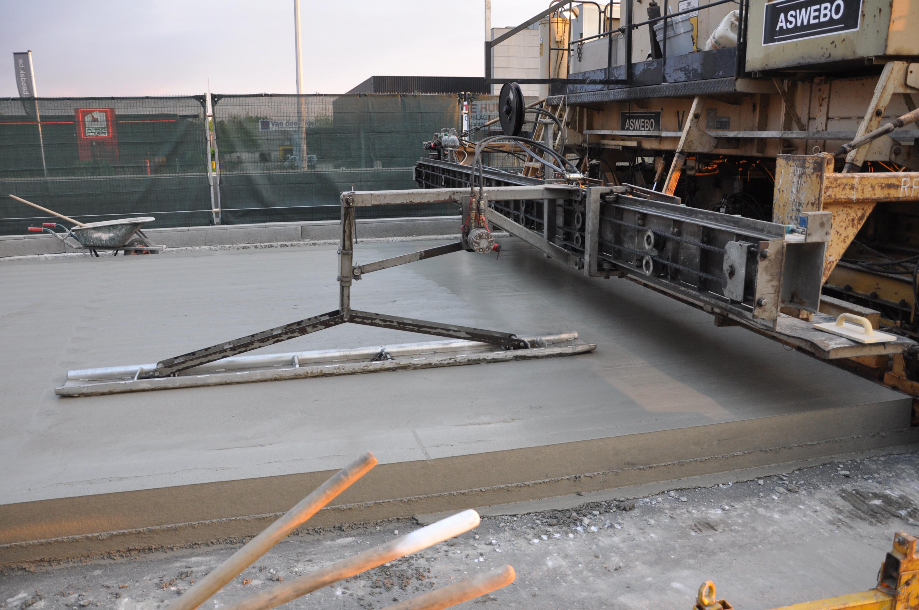 lissage automatique du beton